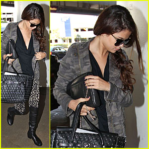 Selena Gomez: LAX Departure To Begin 'Stars Dance' U.S. Tour!