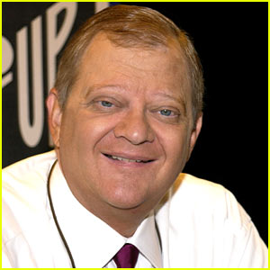 Tom Clancy Dead - Best Selling Author Dies at 66