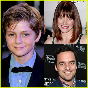Ty Simpkins Lands 'Jurassic World' Lead Role!