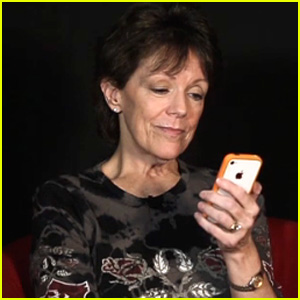 Voice of Siri: Meet Susan Bennett - Watch Video Interview!