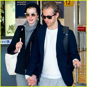 Anne Hathaway & Adam Shulman: Back in NYC After Long West Coast Stay!