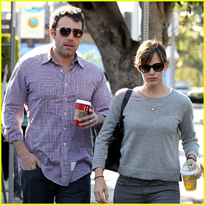 Ben Affleck & Jennifer Garner: Santa Monica Starbucks Stop