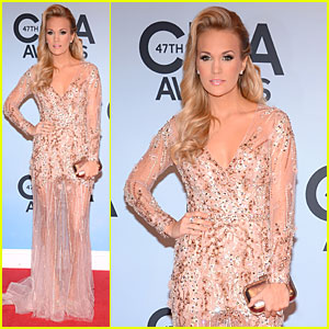 Carrie Underwood - CMA Awards 2013 Red Carpet