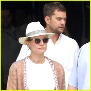 Diane Kruger & Joshua Jackson Dine Out with Pals in Rio!