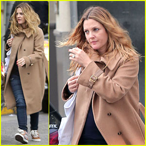 Drew Barrymore Shares Recent Blissful Moment with Olive!
