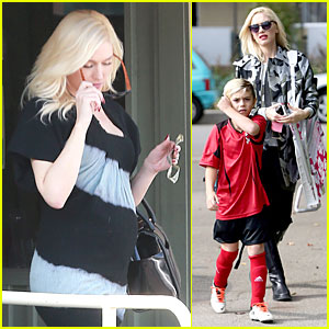Gwen Stefani Camouflages Baby Bump at Kingston's Game