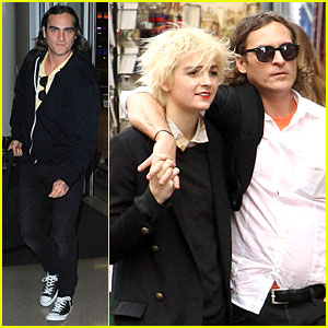 Joaquin Phoenix: Rome Sightseeing with Mystery Woman!