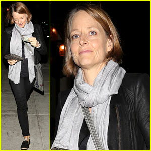 Jodie Foster Enjoys Date Night with Alexandra Hedison