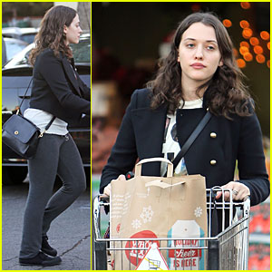 Kat Dennings: Last Minute Thanksgiving Grocery Shopping!
