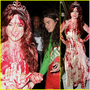 Kelly Osbourne: Carrie at the Prom for Halloween 2013!