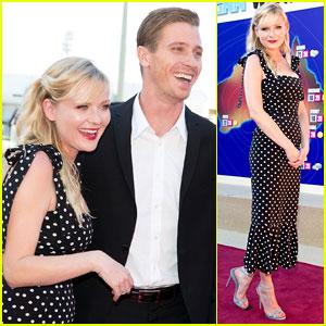 Kirsten Dunst & Garrett Hedlund: 'Anchorman 2' Australian Premiere