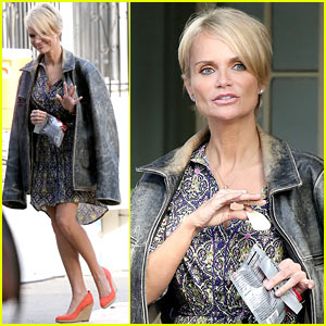 Kristin Chenoweth Snacks on Set During 'Fun Day at Work'!