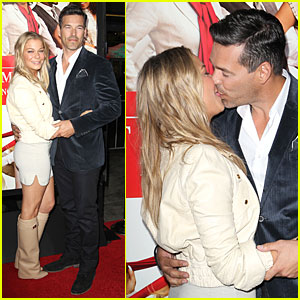 LeAnn Rimes & Eddie Cibrian Kiss at 'Best Man Holiday' Premiere!