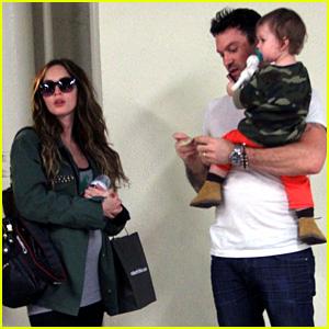 Pregnant Megan Fox: Checkup with Brian Austin Green & Noah!
