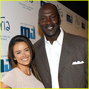 Basketball Legend Michael Jordan: Expecting Child with Wife Yvette Prieto!