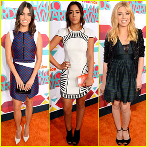 Nikki Reed & Chloe Bennet - TeenNick Halo Awards 2013