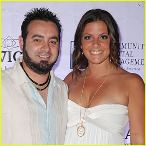 'NSYNC Member Chris Kirkpatrick Marries Karly Skladany!