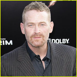 Captain Phillips' Max Martini Joins 'Fifty Shades of Grey' as Christian's Bodyguard!