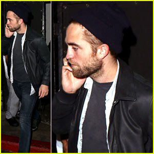Robert Pattinson Steps Out Amid Dylan Penn 'Romance' Report