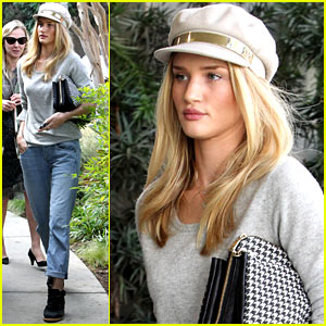Rosie Huntington-Whiteley: Happy Birthday, Cher Coulter!