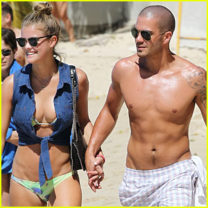 Shirtless Max George & Bikini-Clad Nina Agdal Hold Hands in Barbados!