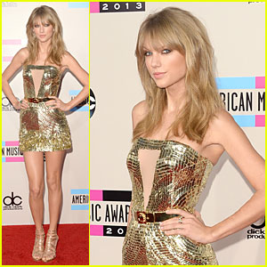 Taylor Swift - AMAs 2013 Red Carpet