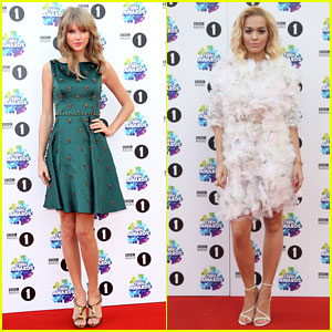 Taylor Swift & Rita Ora: BBC Radio 1's Teen Awards 2013