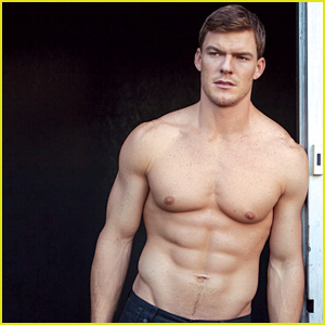 Alan Ritchson Bares Ripped Shirtless Body for 'Da Man' Mag!