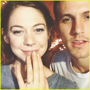 Analeigh Tipton: Engaged to Aaron McManus!