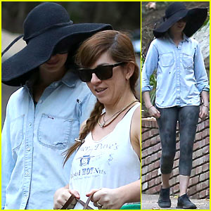 Anne Hathaway Hides Under Hat, Debuts New Electric Car!