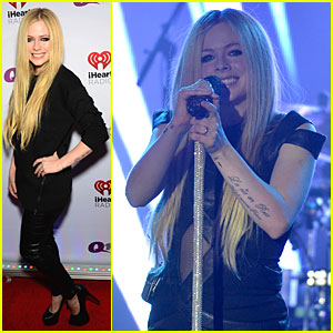 Avril Lavigne: Q102 Jingle Ball 2013 Performer!