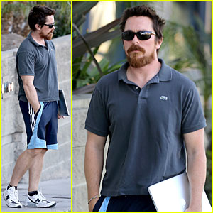 Christian Bale: Friday Errands with Mac (the Laptop)!