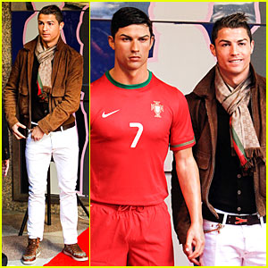 Cristiano Ronaldo: Wax Figure Unveiling in Madrid!