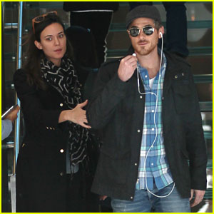 Dave & Odette Annable: Last Minute Christmas Shoppers!