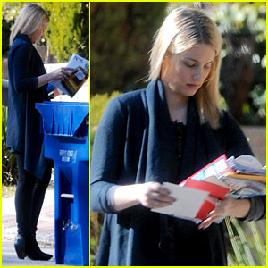 Dianna Agron Recycles Her Mail After Celebrating Christmas