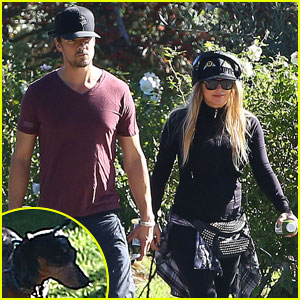 Fergie & Josh Duhamel: Dog-Walking Duo!
