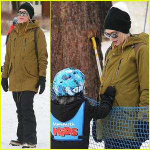 Gwen Stefani & Gavin Rossdale Wish Fans a Happy New Year!