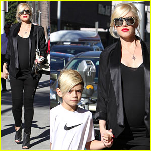 Gwen Stefani: Post-Christmas Dentist Visit with Kingston!