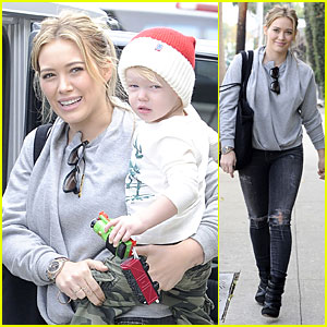 Hilary Duff: James Perse Shopping with Santa Lovin' Luca!