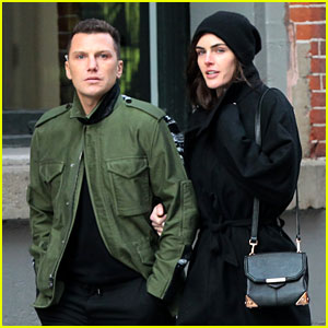 Hilary Rhoda & Sean Avery: Soho Stroll Before Christmas!