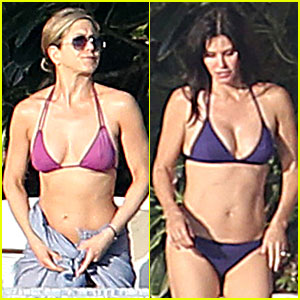 Jennifer Aniston & Courteney Cox: Bikini Babes in Cabo!