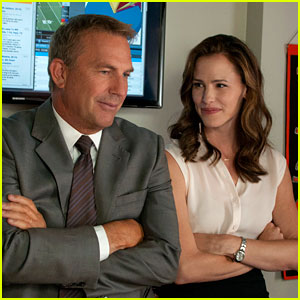 Jennifer Garner & Kevin Costner: 'Draft Day' Trailer & Stills!