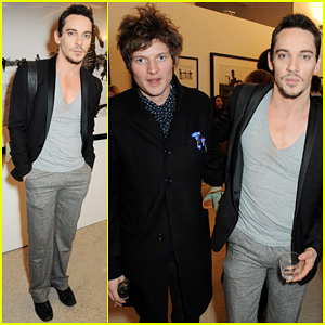 Jonathan Rhys-Meyers: Nikolai Von Bismarck Photo Exhibition!