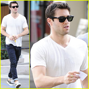 Josh Bowman: 'Revenge' Has Plans for Daniel Grayson!