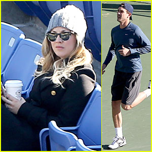 Kaley Cuoco: Spectator at Ryan Sweeting's Tennis Practice!