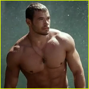 Kellan Lutz is Shirtless Sexy for New 'Legend of Hercules' Trailer!