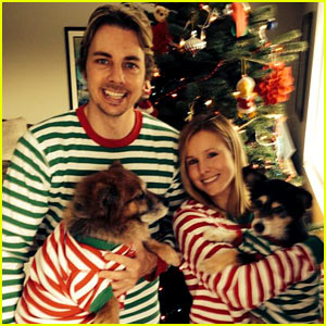 Kristen Bell & Dax Shepard Share Christmas Pic with Their Pups!