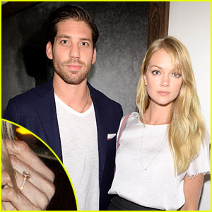 Victoria's Secret's Lindsay Ellingson: Engaged to Sean Clayton - See the Ring!