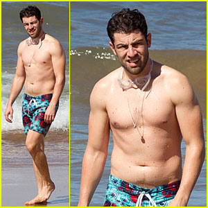 Max Greenfield: Shirtless Vacation with Bikini-Clad Wife Tess!