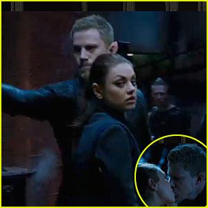 Mila Kunis & Channing Tatum Kiss in 'Jupiter Ascending' Trailer!